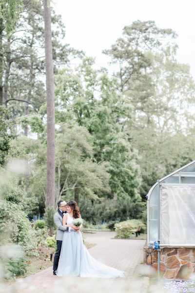 Mercer Botanical Gardens engagement session. tulle skirt, blue tulle skirt, springtime engagement session, houston wedding photographer
